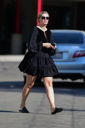 Mischa Barton - Shopping at Petco in West Hollywood 10/08/2019