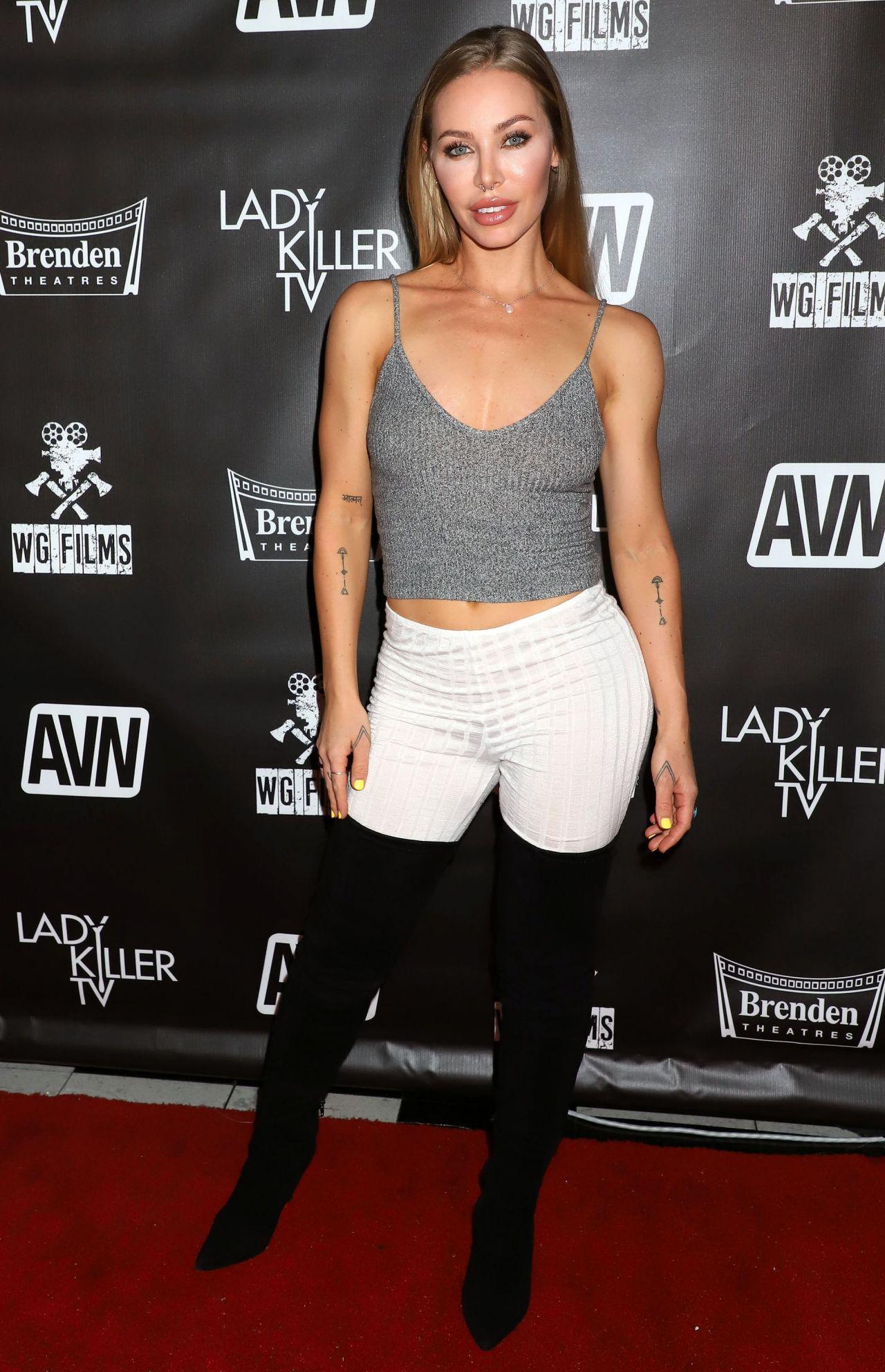 Aniston pics nicole Nicole Aniston