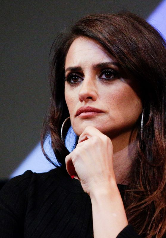 "Penelope Cruz - ""Wasp Network"" Press Conference at New York Film Festival"