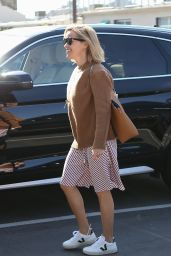 Reese Witherspoon - Out in Santa Monica 10/08/2019