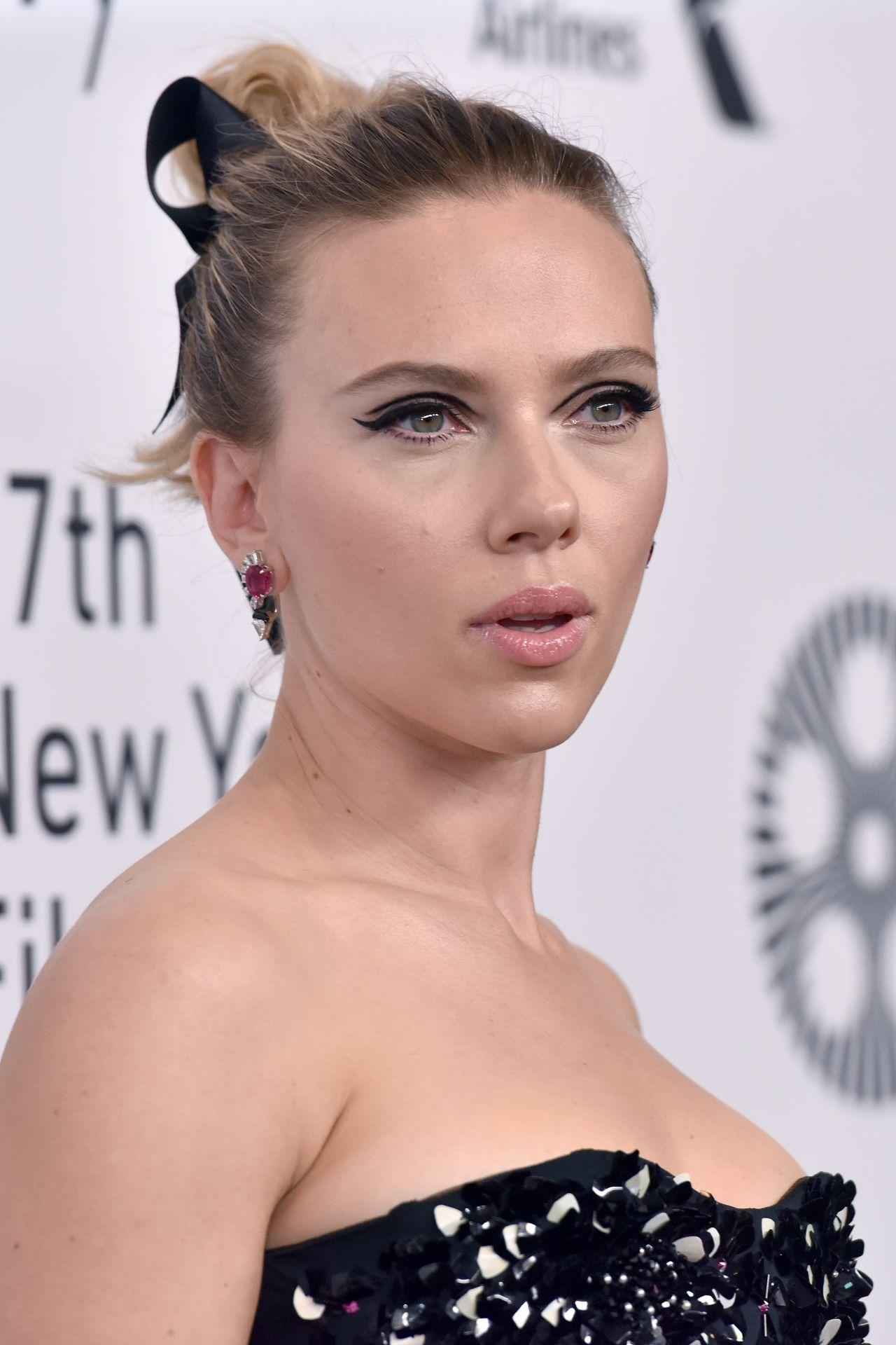 "Scarlett Johansson - ""Marriage Story"" Premiere at New York ..."