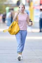 Sienna Miller Street Style 10/02/2019