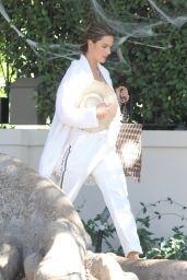 Alessandra Ambrosio Casual Style - Los Angeles 11/03/2019