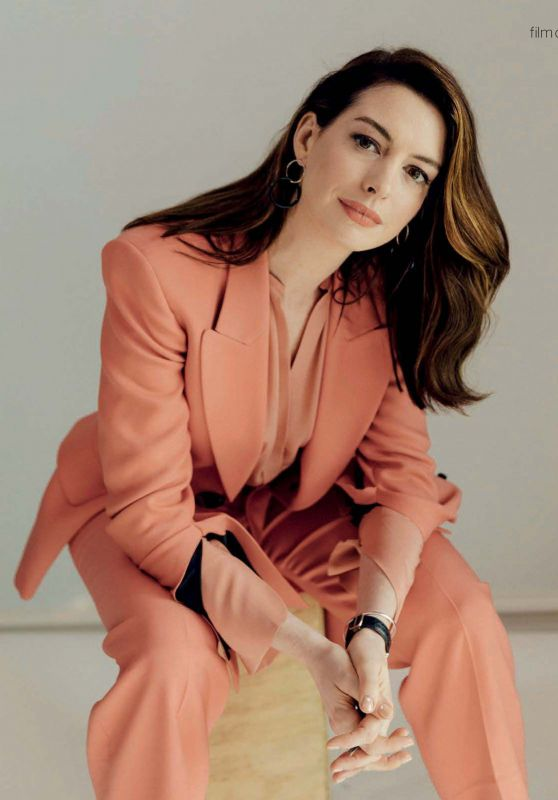 Anne Hathaway - Psychologies UK January 2020 Issue