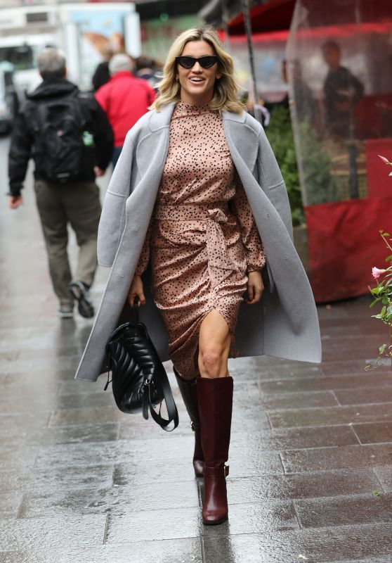 Ashley Roberts - Exits Heart Radio in London 11/01/2019