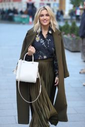 Ashley Roberts - Heads to Rehearsals in London 11/29/2019