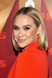 "Becca Tobin – Kohl's ""New Gifts at Every Turn"" Holiday Shopping Event in NYC"