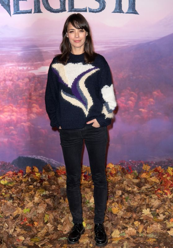 "Berenice Bejo – ""Frozen 2"" Premiere in Paris"