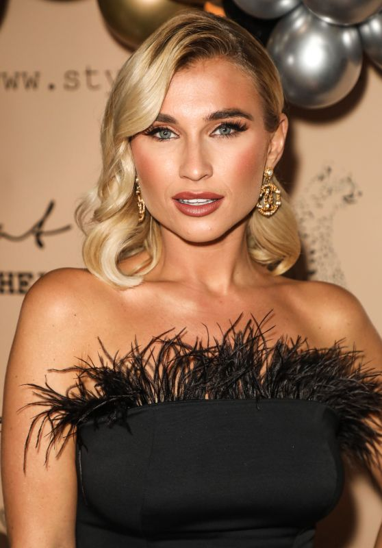 Billie Faiers – Style Cheat's Christmas Party in London 11/28/2019