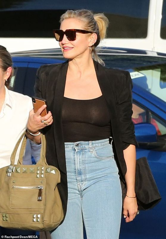 Cameron Diaz - Out in LA 11/23/2019