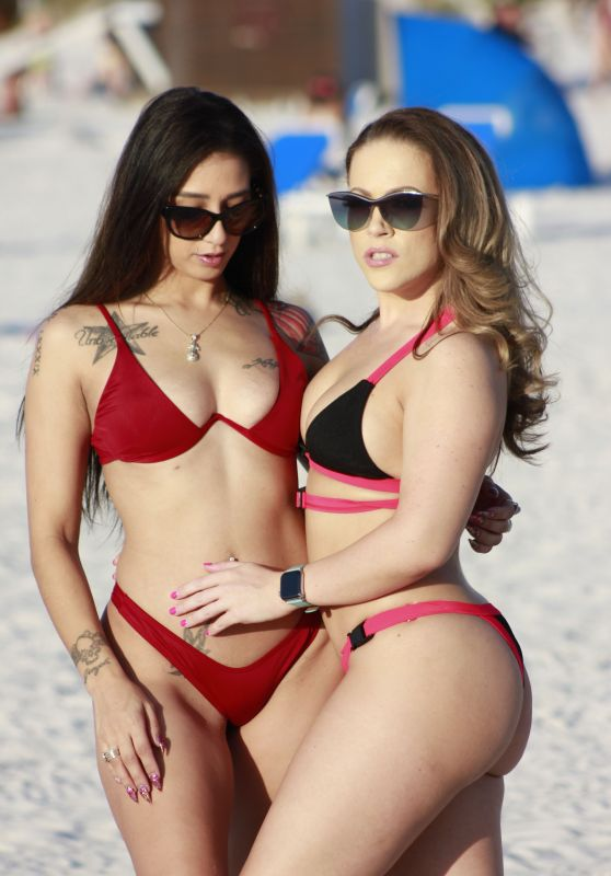 Carmen Valentina and Stefania Mafra - Miami Beach 11/27/2019
