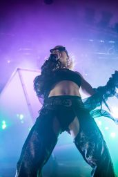 Charli XCX - Performs Live in Concert in Berlin 11/09/2019