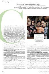 Christy Turlington - Io Donna del Corriere Della Sera 11/02/2019 Issue