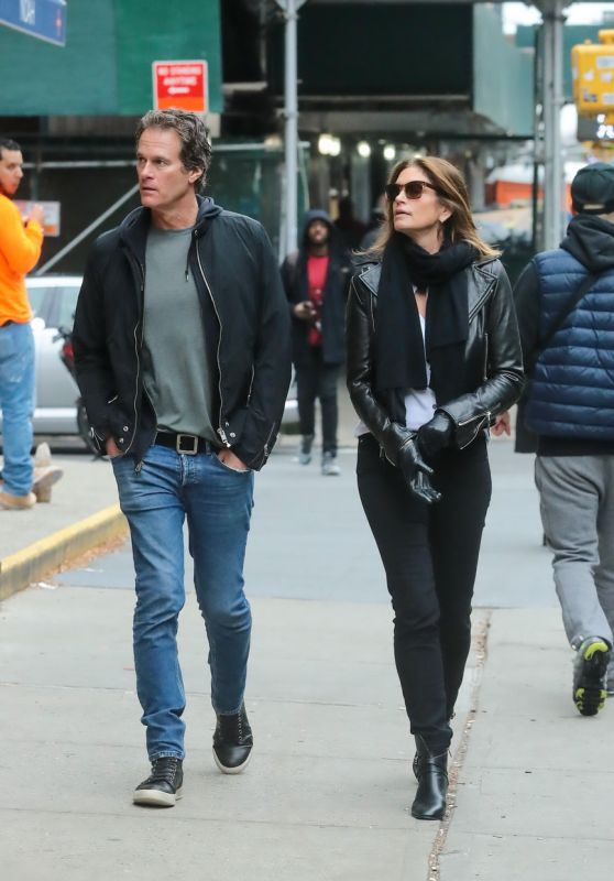 Cindy Crawford - Out in New York 11/27/2019