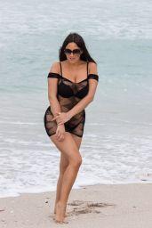 Claudia Romani - Poses on South Beach 11/20/2019