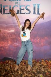 "Denitsa Ikonomova – ""Frozen 2"" Premiere in Paris"