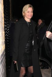 Elizabeth Banks Night Time Out Fashion 11/19/2019