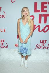 "Emily Skinner – ""Let It Snow"" Premiere in LA"