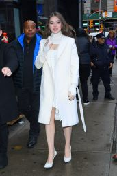 Hailee Steinfeld - Outside Good Morning America in NYC 11/12/2019