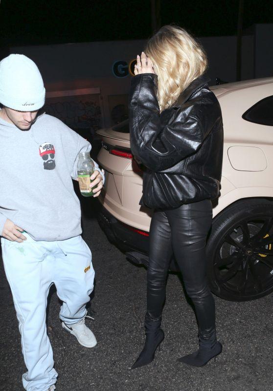 Hailey Rhode Bieber and Justin Bieber - Black Star Burger in Los Angeles 11/12/2019