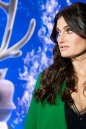 "Idina Menzel - ""Frozen 2"" Photocall in Toronto"