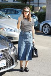 Jennifer Garner - Arrives for Sunday Church Services in the Pacific Palisades 11/03/2019