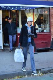 Kaia Gerber - Leaving Magnolia Bakery in NYC 11/16/2019