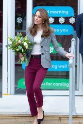 Kate Middleton - Shout