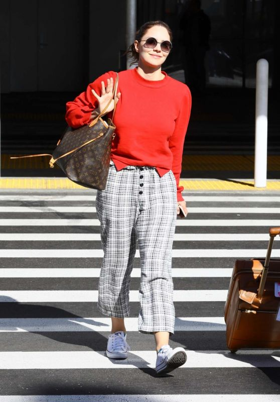 Katharine McPhee in Travel Outfit 11/09/2019