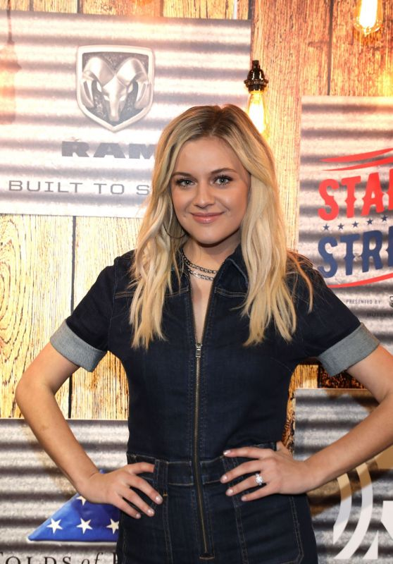 "Kelsea Ballerini - ""Stars and Strings Presented by RAM Trucks Built to Serve"" Photocall in Detroit 11/06/2019"