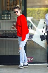 Kristen Stewart - Out in Los Feliz 11/26/2019