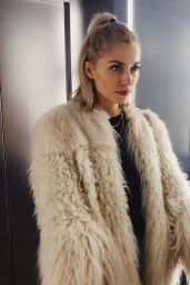 Lena Gercke - Social Media 11/22/2019