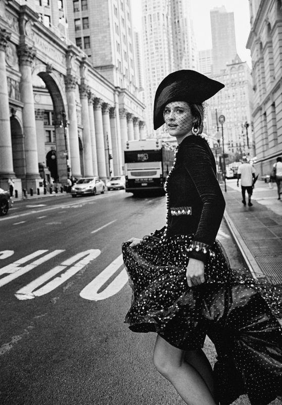 Mackenzie Davis – Vanity Fair October 2019 Photos
