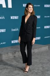 """Mandy Moore – """"Midway"""" Premiere in Westwood"""