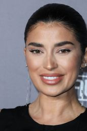 Nicole Williams-English – 2019 Baby2Baby Gala