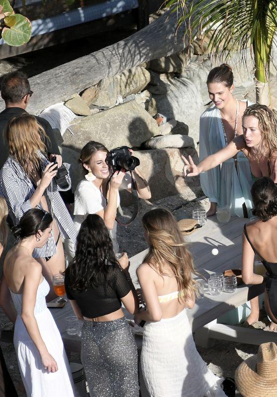 Olivia Culpo, Shanina Shaik, Georgia Fowler, Hannah Ferguson and Lorena Rae - Celebrate Devon Windsor