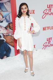 """Paulina Chavez – """"Let It Snow"""" Premiere in LA"""