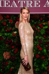 Poppy Delevingne – Evening Standard Theatre Awards 2019 in London