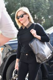 Reese Witherspoon - Arrives at Her Office in LA 11/19/2019