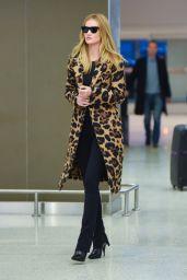 Rosie Huntington-Whiteley Autumn Style - JFK Airport in NYC 11/10/2019