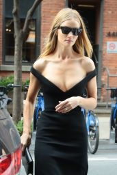 Rosie Huntington-Whiteley - Leaves Her Hotel in NYC 11/09/2019