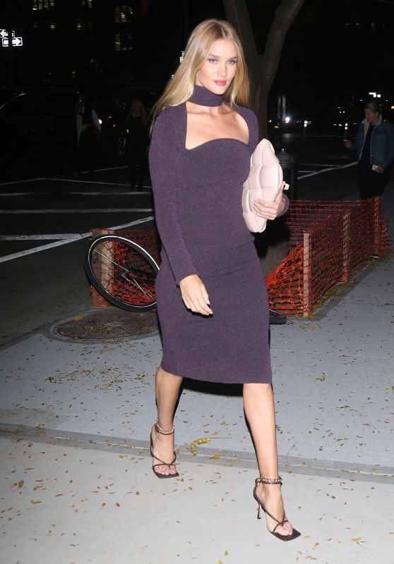 Rosie Huntington-Whiteley - Outside Her Hotel in NYC 11/07/2019