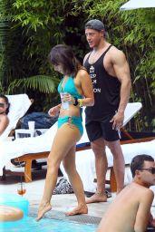 Roxanne Pallett in a Bikini in Miami 11/01/2019