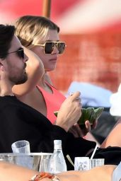 Sofia Richie in a Bright Neon Dress on a Miami Beach with Scott Disick 11/26/2019