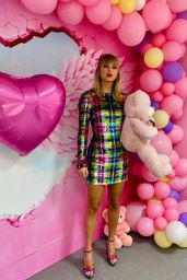 Taylor Swift - Social Media 11/26/2019