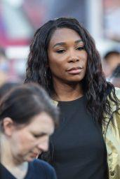 Venus Williams - Chicago Bears vs LA Rams at Los Angeles Memorial Coliseum 11/17/2019