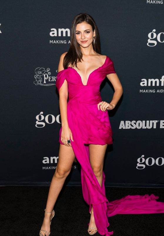 Victoria Justice - amfAR Charity Poker Tournament and Game Night in San Francisco 11/15/2019