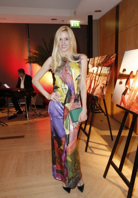 Wilma Elles – Vernissage African Moods – Lambertz Fine Arts Kalenderpräsentation in Berlin