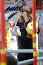 Amy Adams - Shopping in Sant Monica 12/05/2019