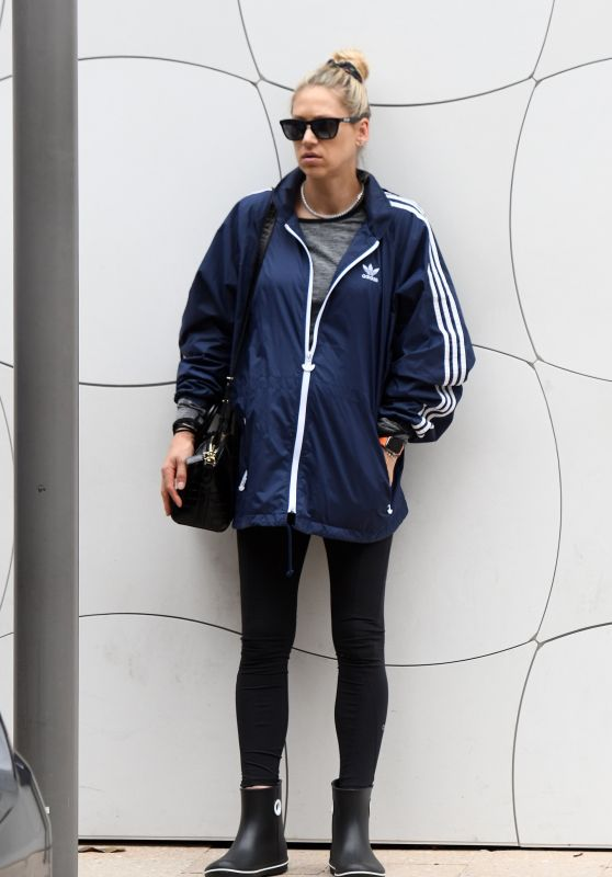 Anna Kournikova - Out in Miami 12/23/2019